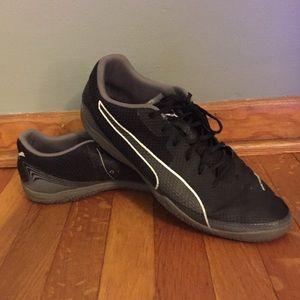 Puma Invicto Fresh Indoor Soccer Shoes